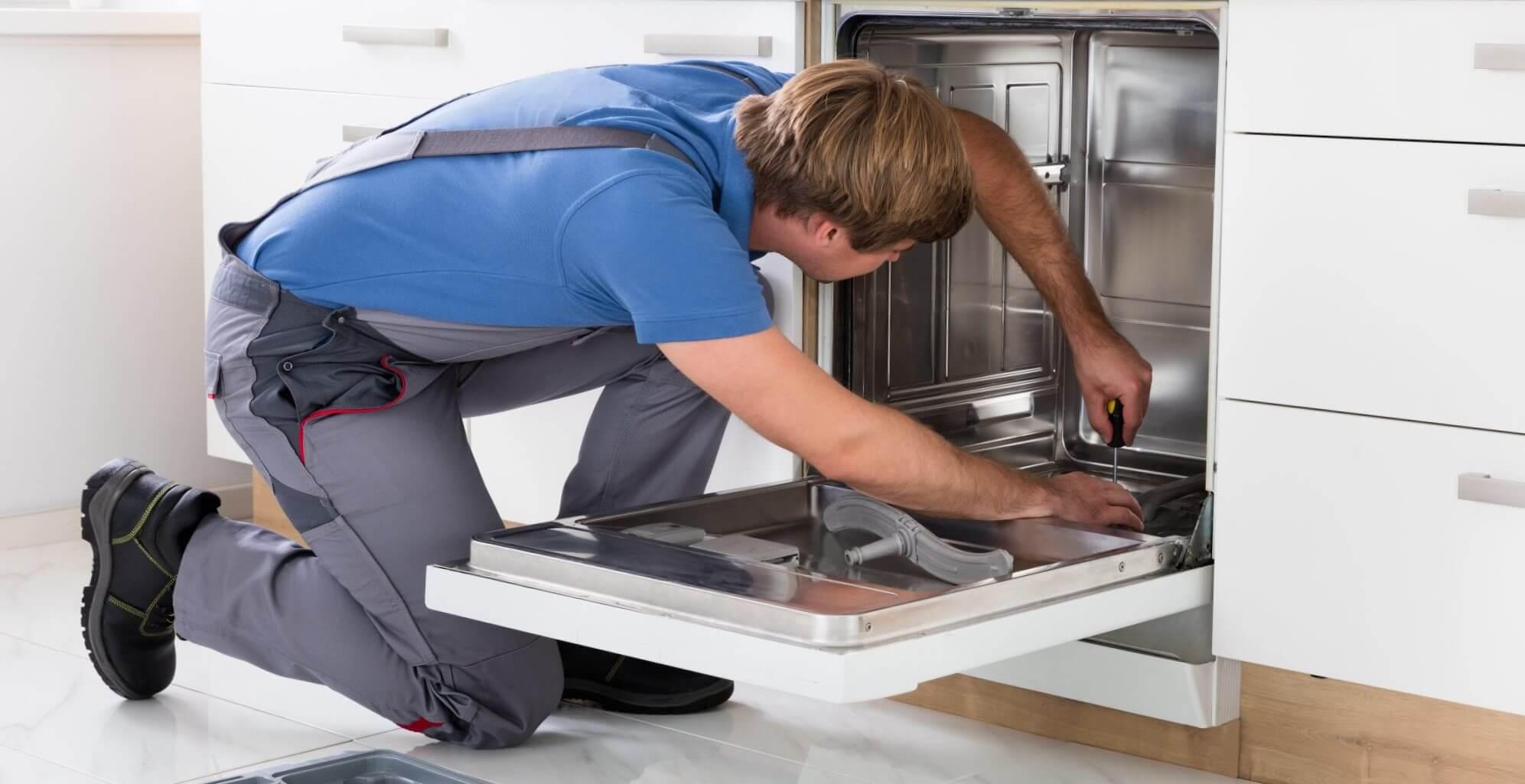 монтаж посудомийної машини