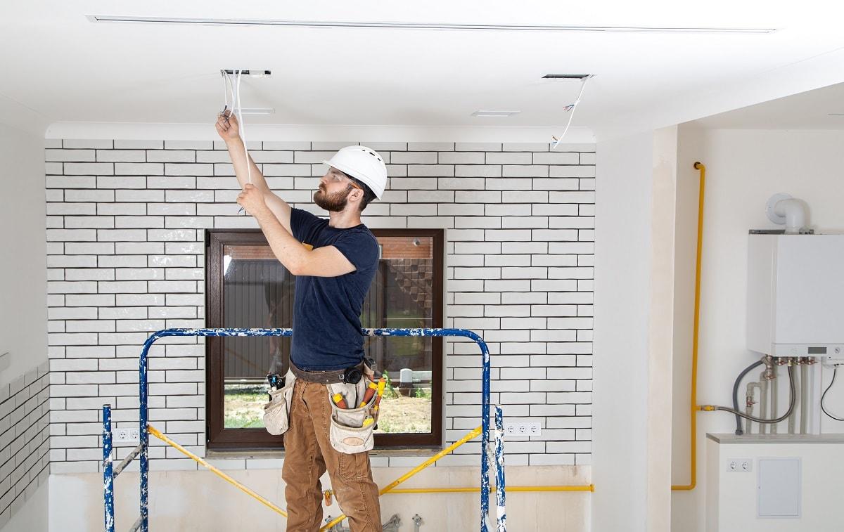 Переваги роботи з будівельною компанією